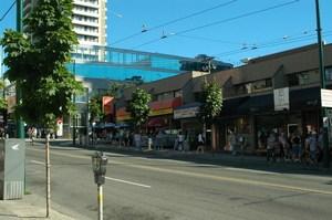 Площадь Робсон в Ванкувере