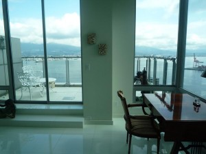покупка квартиры в отеле Terminal City Club  в Ванкувере