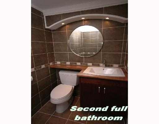 Vancouver Real Estate, 2 bedroom apartment, bathroom