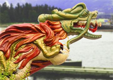 Китайский дракон и Джорж Ванкувер в Ванкувере Британской Колумбии