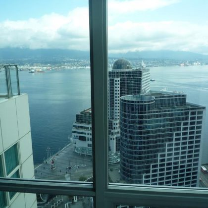 Продаётся элитарная квартира в самом престижном отеле и резиденции Ванкувера –Terminal City Club!